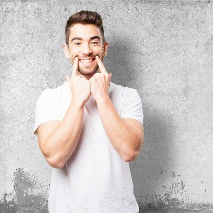 Frankfurter Zahnärzte geben Tipps Wie man Zahnschmerzen schnell bekämpfen kann 4