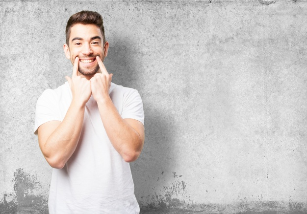 Frankfurter Zahnärzte geben Tipps Wie man Zahnschmerzen schnell bekämpfen kann 3